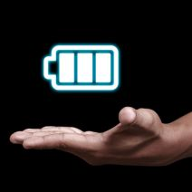 Don't Fall for these 4 Smartphone Battery Myths
